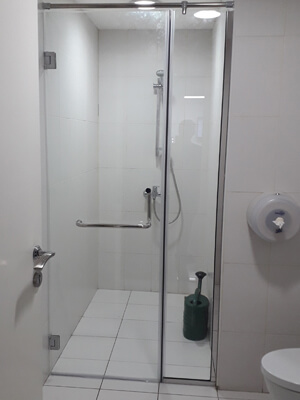 Swing Showers Installation